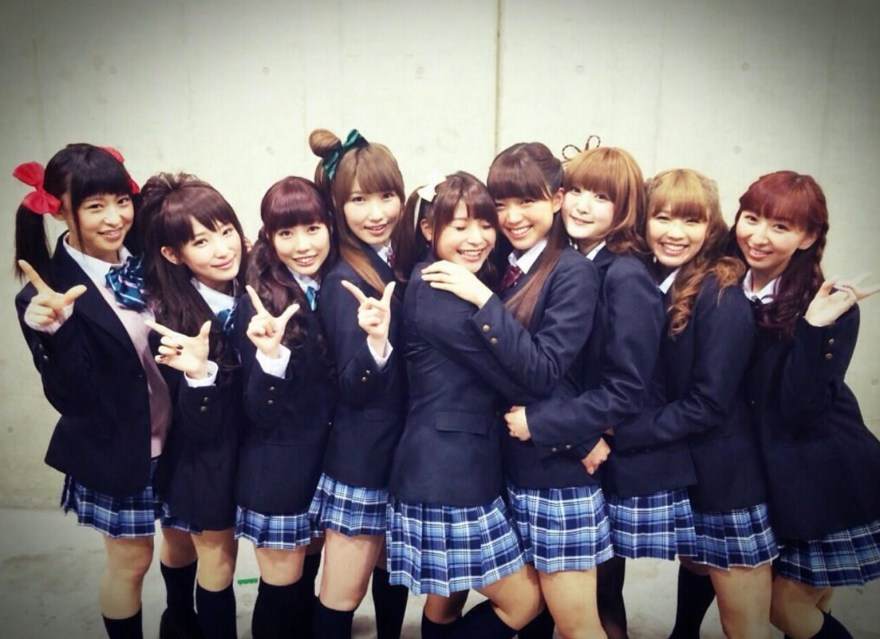 Love Live!s μ's er Japans #8 bedst sælgende kunstner i 2015