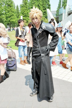 comiket-80-day-1-hot-cosplay-117