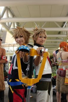 comiket-80-day-1-hot-cosplay-164