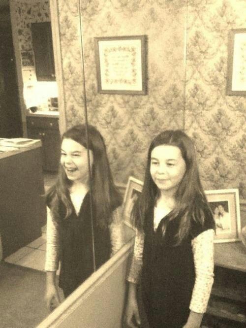 spooky mirror3