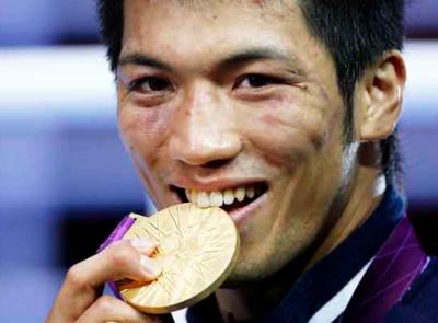 村田諒太 イケメンボクサー、母や父、嫁や子供は?スゴすぎる筋肉のトレーニング方法や次戦、世界ランキングは?