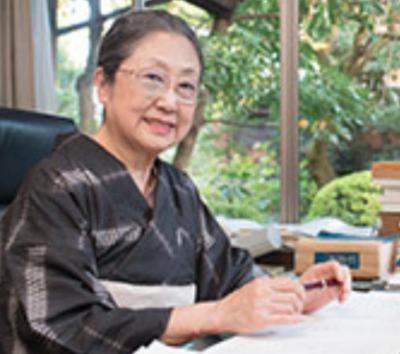 佐藤愛子は霊現象に苦悩し、原啓之や美輪明宏に相談していた!