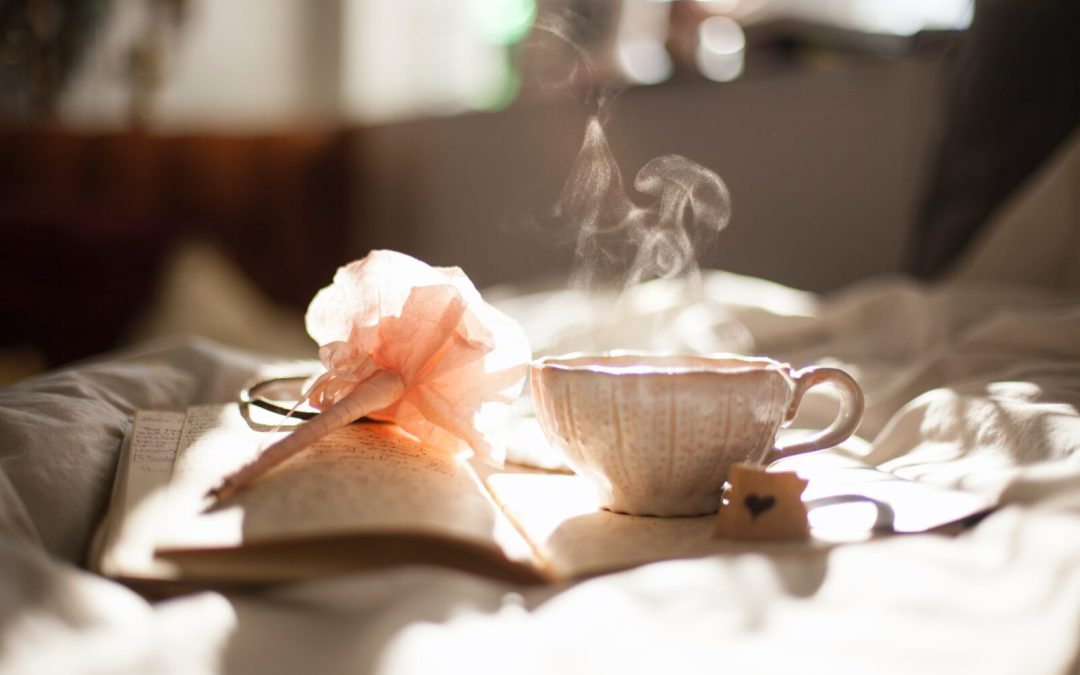 5 simple ways in which your morning routine can contribute to your self care practice
