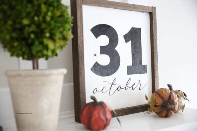 DIY Halloween October 31st Farmhouse Frame Sign
