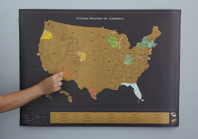 Christmas Gifts for Tweens 2019: Scratch Off Map 2020