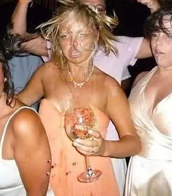 New Year's Eve Drunks, dancing queens