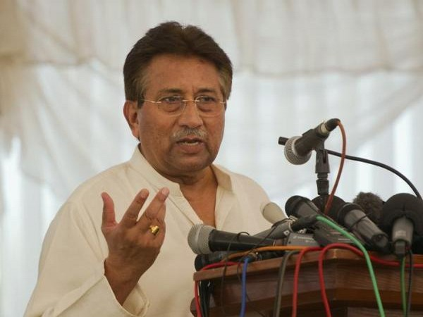 Kashmiris were trained in Pakistan to fight against Indian Army : Musharraf