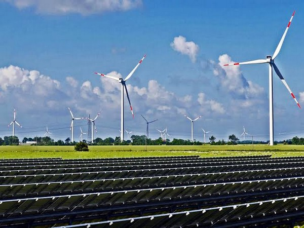 'Switching to solar or wind energy would eliminate much of the water withdrawals and water consumption for electricity generation in the US.'