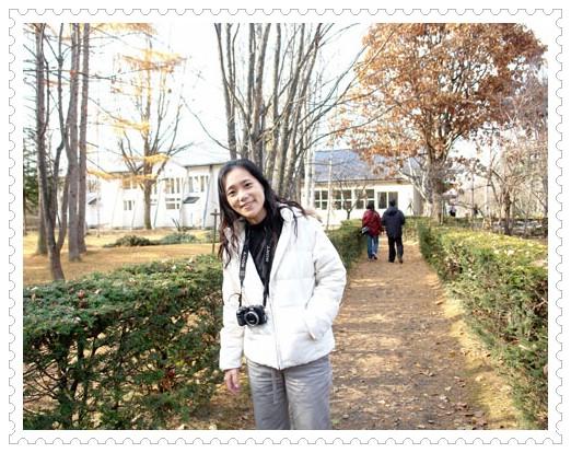 95.11.5北海道餵豬泡湯之旅(27)–前田真三拓真館 @愛吃鬼芸芸