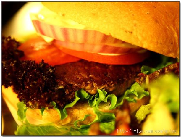 98.04.23 KGB紐西蘭風味漢堡 @愛吃鬼芸芸
