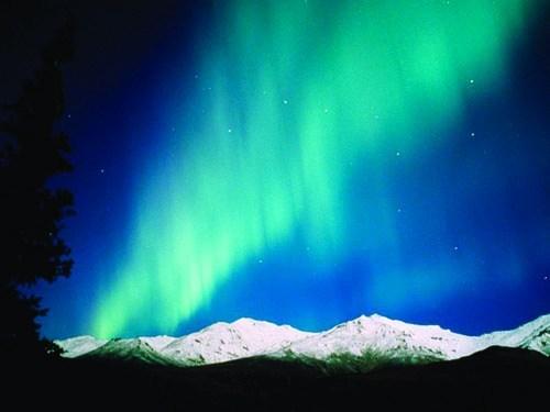 Aurora_Mountain_Blue.jpg