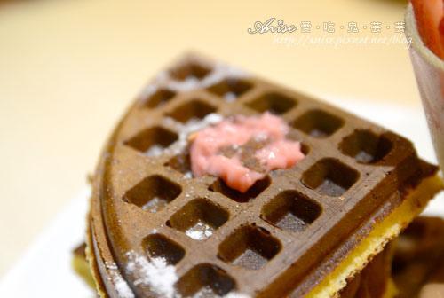 Mina Cafe030.jpg