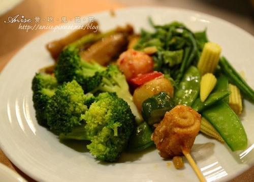 長春素食餐廳022.jpg