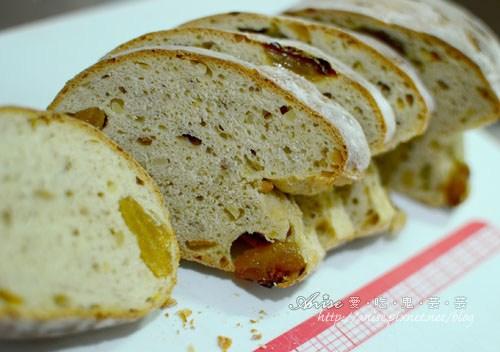 南庄獅頭山美食~田媽媽龍門口餐廳、山度窯烤麵包