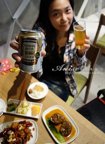 台啤小麥啤酒_019.jpg