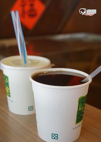 雙連站美食.雙連鹹粥、草盛園青草茶