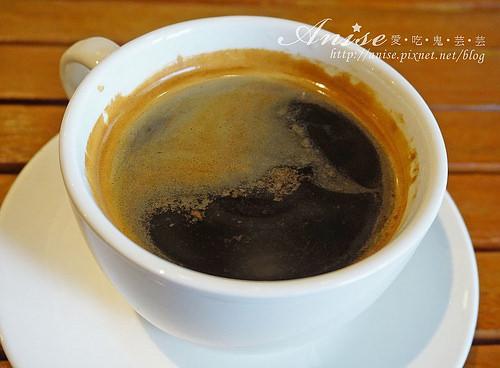 宜蘭礁溪咖啡.文鳥公寓,金棗戚風+法式吐司是一絕