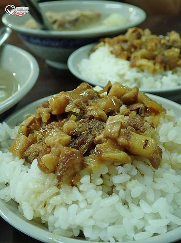 艋舺原汁排骨湯.東區也有古早味!