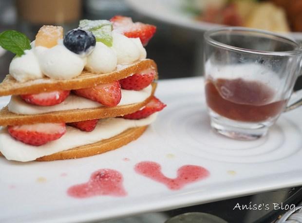 捷運中山站.夢甜屋,草莓季就是要狂吃草莓啊! @愛吃鬼芸芸