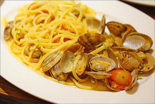 台中美食.K2小蝸牛,最道地的義大利麵創始店,終於終於吃到你! @愛吃鬼芸芸