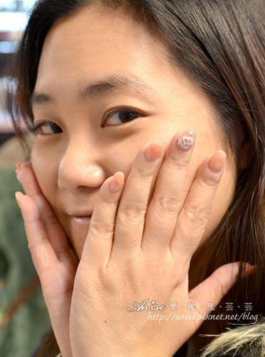 赫司緹雅NAILS,水晶指甲初體驗~阿罵的手變成貴婦手啦! @愛吃鬼芸芸
