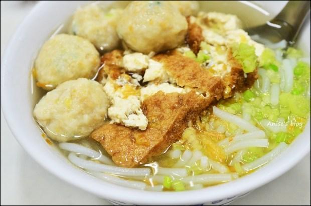 宜蘭美食.老福魚丸米粉店,麻辣醬汁是一絕(姊姊食記)