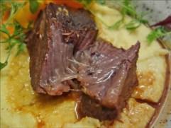 匈牙利國民美食.煙囪捲Molnar's Kurtoskalacs,肉桂口味最好吃,喔伊西!