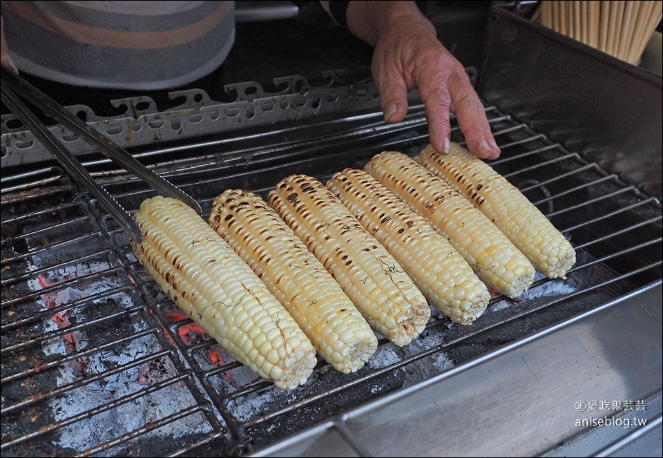 嘉義阿婆烤玉米 v.s 水上六哥烤玉米 | 愛吃鬼蕓蕓