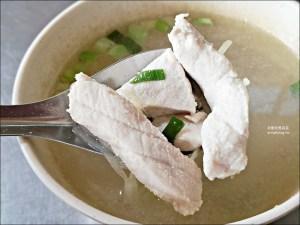 今日熱門文章:俞家清魚湯,基隆深夜食堂,西岸碼頭超人氣宵夜早餐美食(姊姊食記)