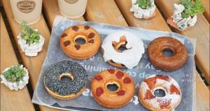 今日熱門文章:沖繩伴手禮   宮里豆腐甜甜圈 (宮里豆腐ドーナツ店本店),漂亮又健康的美味甜點