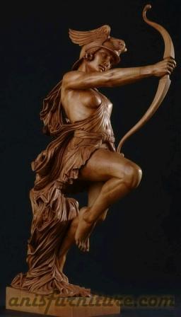 patung kayu dewa yunani