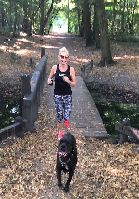 dierendag- running with he dog