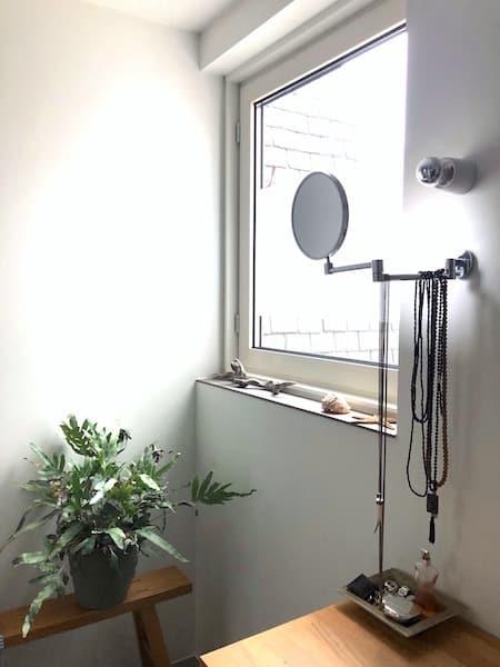 binnenkijken badkamer