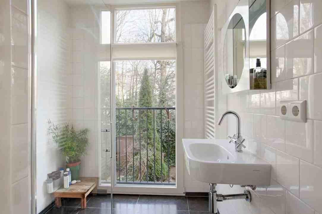 Dubbel glas in badkamer