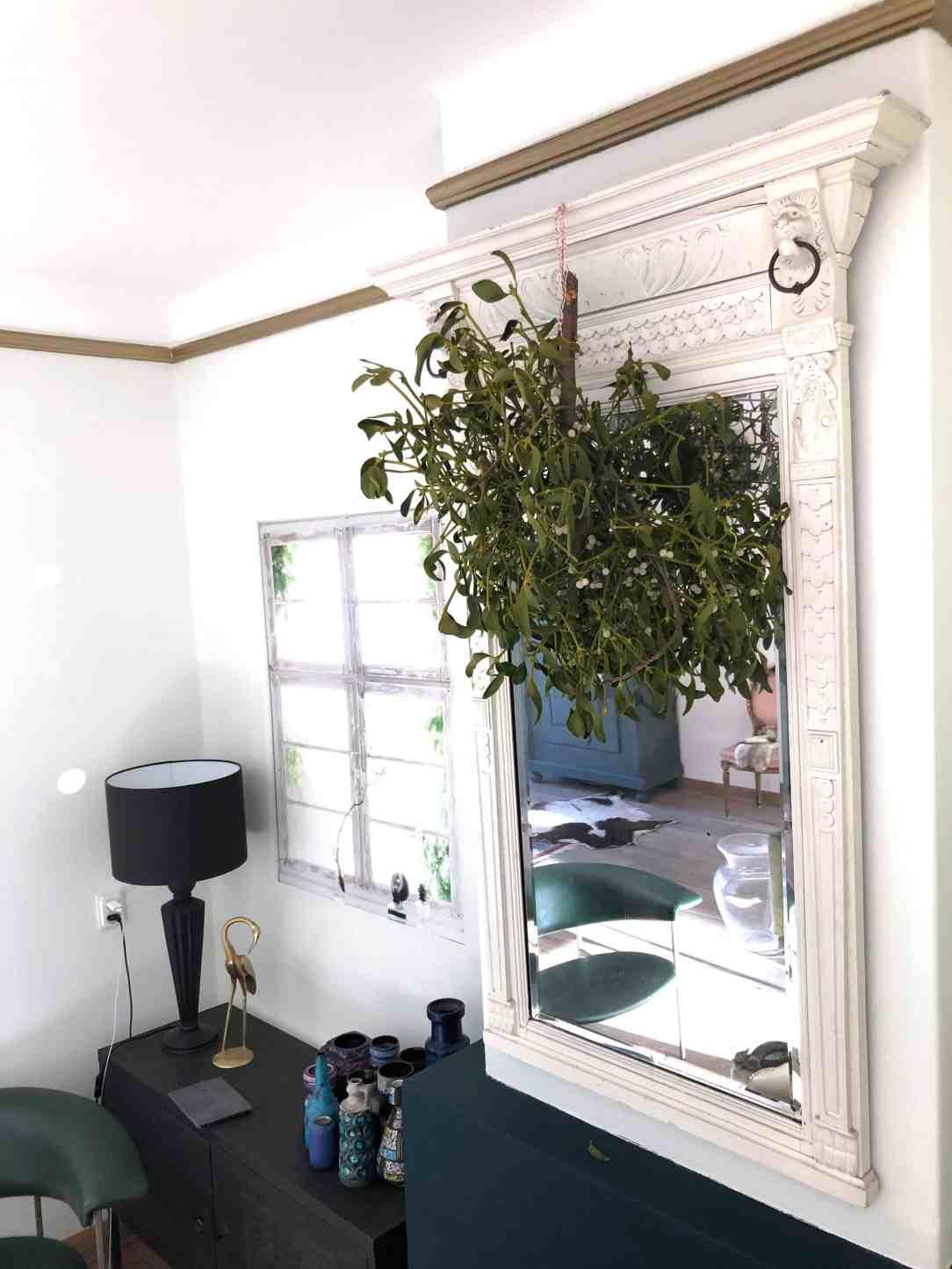 grote spiegel-lege muur veranderen