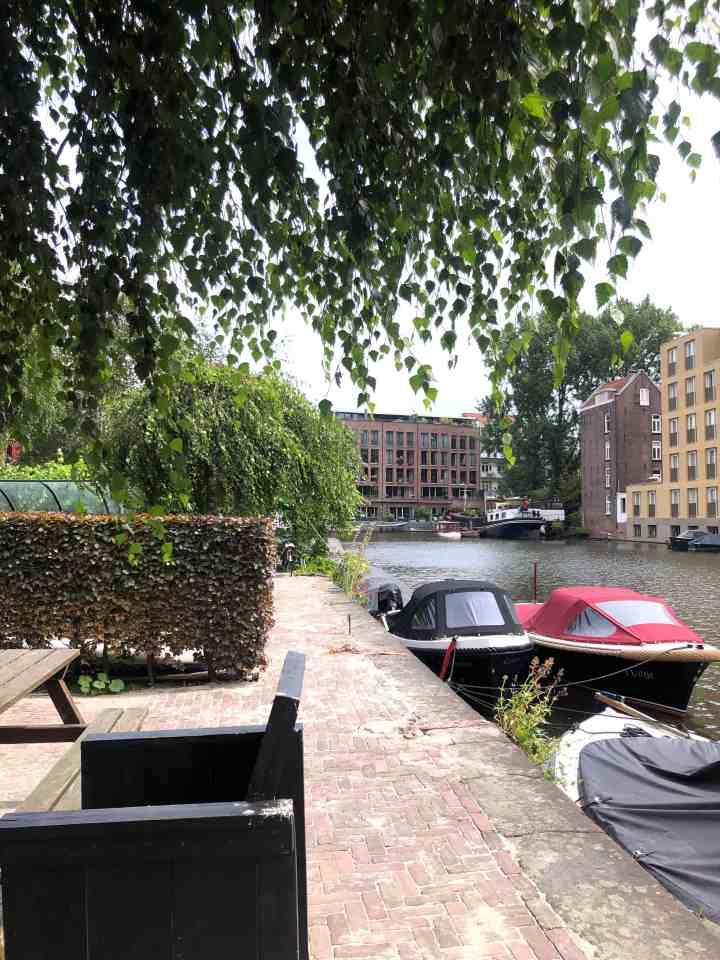 kade in Amsterdam