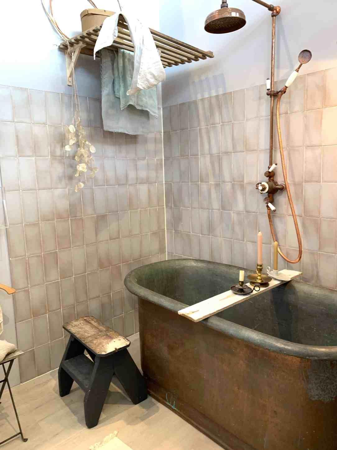 badkamer koperen bad