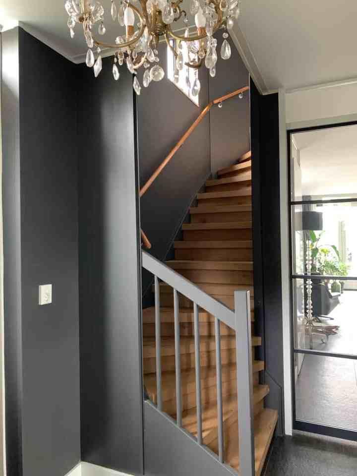 trappenhuis verven
