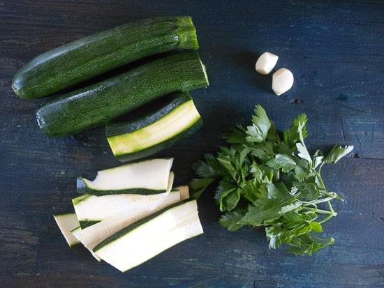 zucchini marinara