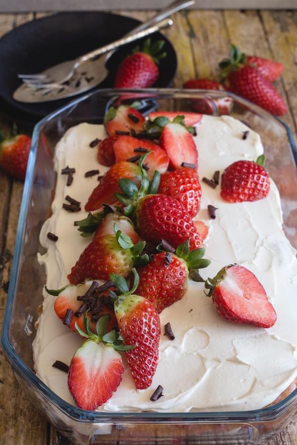 strawberry tiramisu in a glass pan