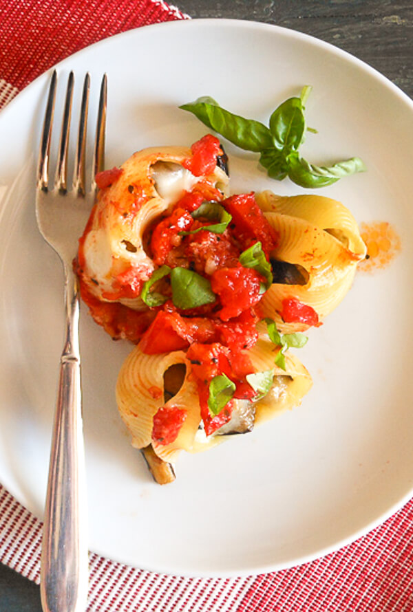 Fresh Tomato Eggplant Cheese Shells, the perfect Stuffed Pasta Shells with cheese and eggplant. An easy Italian Vegetarian Dinner Recipe.