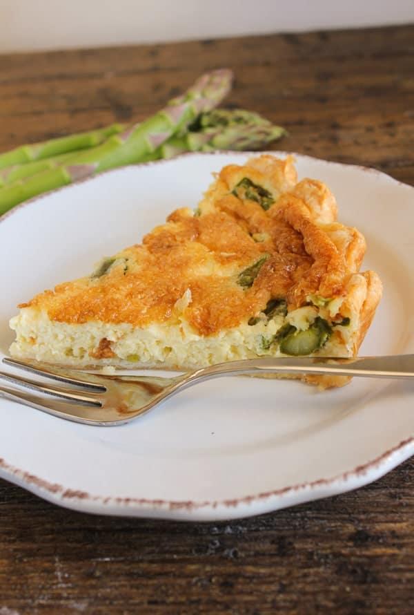 Easy Cheesy Asparagus Quiche