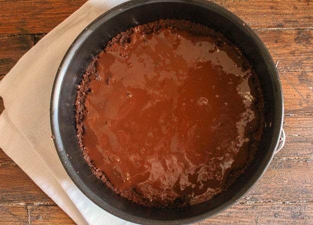 Easy Double Chocolate Ice Cream Cake, the perfect easy summer ice cream cake dessert recipe, cookie crumb base and your favorite ice cream/anitalianinmykitchen.com