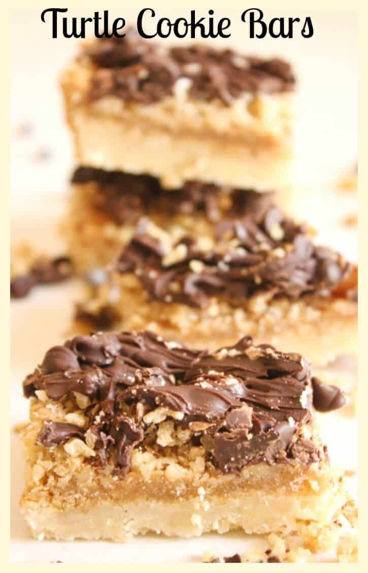 Turtle Cookie Bars, afast and easy Christmas cookie recipe with a yummy shortbread base, filled with nuts, caramel and chocolate. A new favourite.