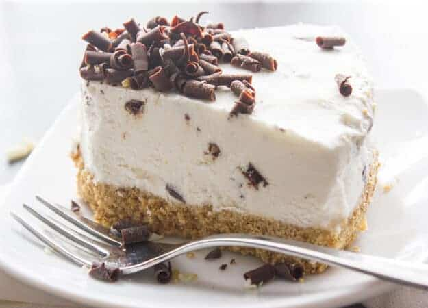 Chocolate Chip Frozen Yogurt Cake, a healthy delicious no-bake Summer dessert recipe,made with a Graham Crust & Greek Yogurt.
