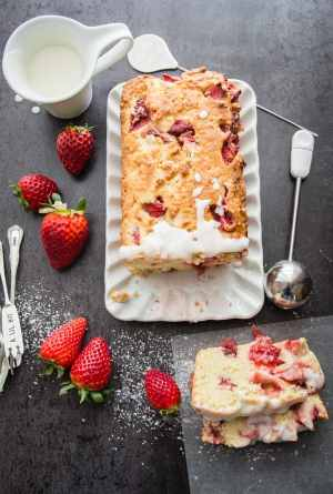Strawberry Quick Bread a fast, easy homemade bread made with fresh strawberries, the perfect snack, dessert or breakfast bread.