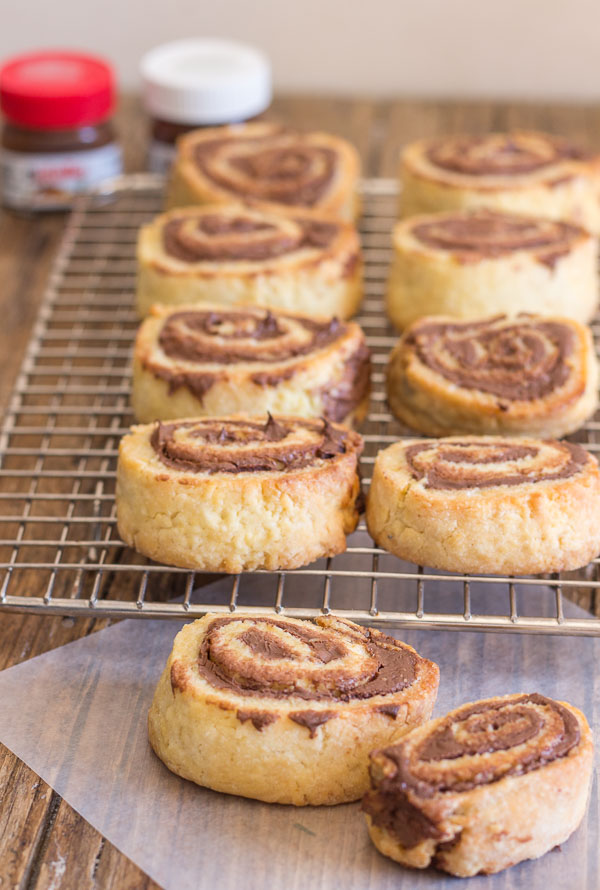 Crunchy Nutella No Yeast Roll Ups, a crunchy cookie, the perfect snack, dessert or even for breakfast. Kids will love them.
