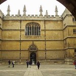 Hamlet in the Bodleian Quad