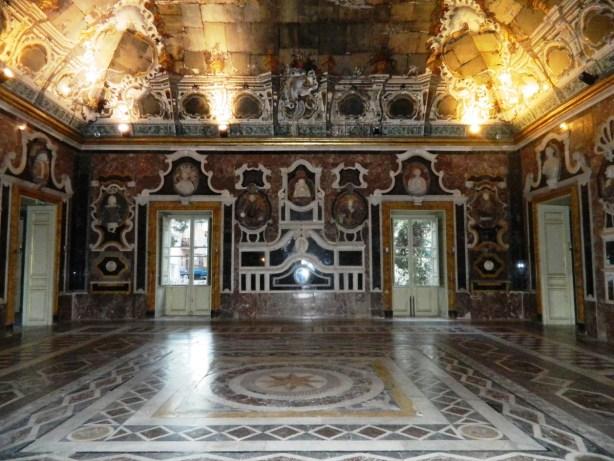 Hall of Mirrors, Villa Palagonia.