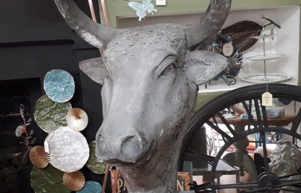Large Resin Bulls Head On Stand